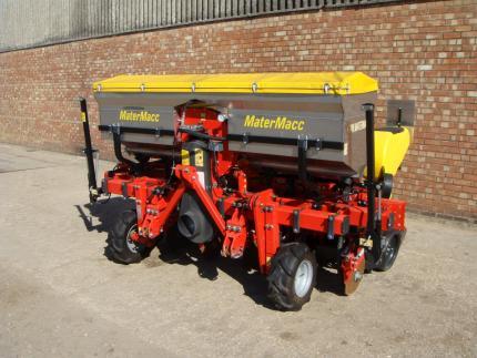 MaterMacc MS8200